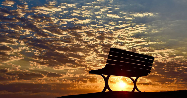 P-deaths-empty-bench-at-sunrise