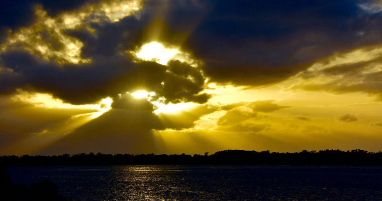 P-EOL-Ballina-cloudy-sunrise-over-water-