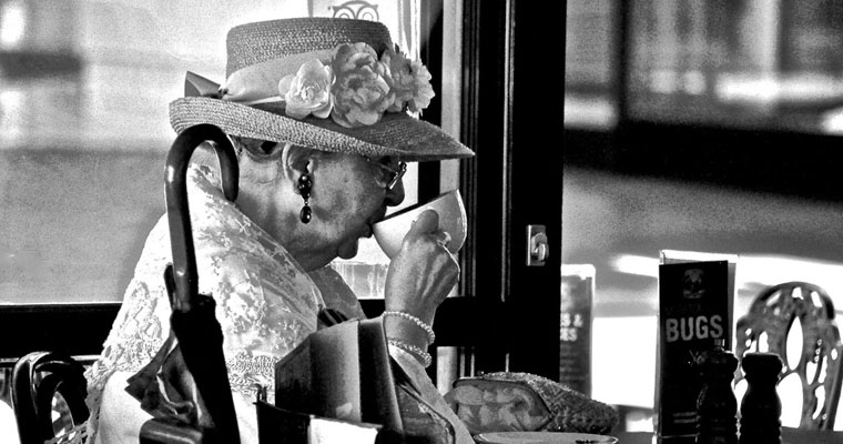 P-rights-older-lady-drinking-tea